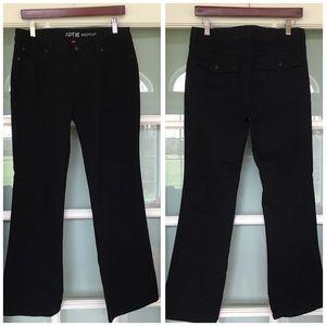 NWOT APT 9 black boot cut denim jeans petite 8 P